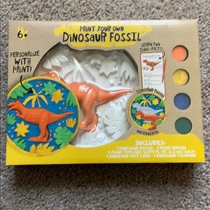 NWT Paint your own dinosaur fossil toy